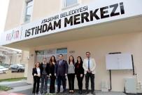 NEŞET ERTAŞ - Ataşehir Belediyesi İstihdam Merkezi 200 Kişiyi İş Sahibi Yaptı