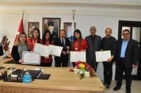 HATIRA FOTOĞRAFI - Başkan Akkaya, Uluslararası Yarışmada Altın Kazanan Öğrencileri Altınla Ödüllendirdi