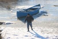 BEYŞEHIR GÖLÜ - Beyşehirli Balıkçılar Donan Gölün Ava Açılmasını Bekliyor
