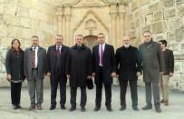FUTBOL SAHASI - Gebze Belediye Başkanı Köşker'den Silvan'a Ziyaret