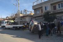 TİCARİ ARAÇ - Hafif Ticari Araç Takla Attı Açıklaması 1 Yaralı