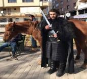 FANTEZI - Jon Snow Eskişehir Sokaklarında