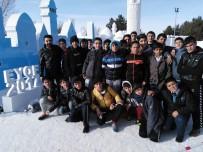 KİTAP OKUMA - Mareşal Fevzi Çakmak Öğrencileri, Kar Sokağında