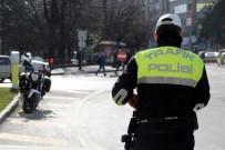 Samsun'da Kasksız Motosiklet Sürücülerine Ceza Yağdı