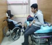 BAŞ AĞRISI - Adıyaman'da 21 Öğrenci Zehirlenme Şüphesiyle Hastaneye Kaldırıldı