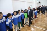 FUTBOL TAKIMI - Başkan Büyükkılıç Tınaztepe Sosyal Ve Spor Tesislerinde
