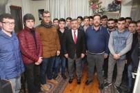 YENİ ANAYASA - Başkan Karabacak, Ülkücü Gençlerle Buluştu