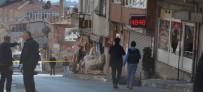 TAHKİKAT - Kahvehaneciye Sinirlendiler, Silahla Kahvehaneyi Bastılar