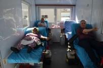 TÜRK KıZıLAYı - Kula'daki Kan Bağışına Polisler De Destek Verdi