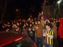 PROTESTO - Müjdat Gezen Sanat Merkezine Yapılan Saldırı Protesto Edildi