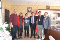 AHMET EREN - Şampiyon Çocuklar Erzurum'un Gururu Oldu