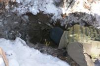 KALAŞNIKOF - Sığınak Bulundu Açıklaması Çok Sayıda Silah Ve Mühimmat Ele Geçirildi