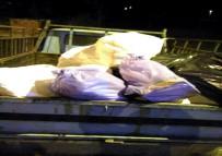 PARA CEZASI - Uşak'ta Yolcu Otobüsünden 720 Kilo Kaçak Et Çıktı