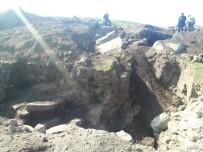 HASANLAR - Aliağa'Da Kaçak Kazı Yapan 2 Kişi Yakalandı