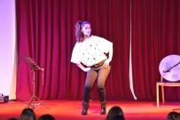 NAMIK KEMAL - Alternatif Sahne 'Pasaklı Kontes' Oyunu İle Perdelerini Açtı