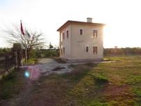 YENIYURT - Atatürk'ün Evi Kaderine Terk Edildi