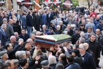 FARUK GÜNAY - Başkan Özakcan'ın Kayınvalidesi Son Yolculuğuna Uğurlandı