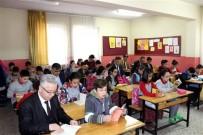 KİTAP OKUMA - Müdürler Öğrencilerle Birlikte Kitap Okudu