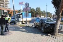 CENGIZ ŞAHIN - Otomobil İle Kamyonet Çarpıştı Açıklaması 1 Yaralı