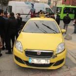 OKMEYDANı - Otomobile Çarpan Ticari Taksi Devrildi Açıklaması 1 Yaralı