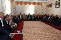 GÜNGÖR AZİM TUNA - Şanlıurfa Valisi Tuna Kanaat Önderleriyle Bir Araya Geldi