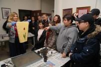MEHMET AKİF ERSOY - Yabancı Öğrenciler Ebru Atölyesine Katıldı