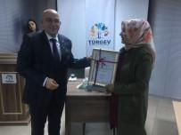 27 MAYIS DARBESİ - AK Parti İl Başkanı Hüseyin Cahit Özden TÜRGEV'de