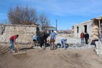 SINDELHÖYÜK - Develi'de Köylerde Parke Çalışmaları Devam Ediyor