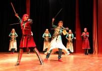 HALK OYUNLARI - Devlet Halk Dansları Topluluğundan Muhteşem Gösteri