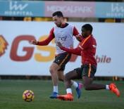 METİN OKTAY - Galatasaray'da Derbi Hazırlıkları Devam Ediyor