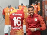 HOLLANDA LİGİ - Garry Rodrigues: Galatasaray'da oynuyorsanız şampiyon olmalısınız
