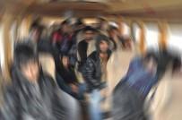 HÜKÜMET - İsveç mültecileri sınır dışı etti