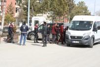 YAKALAMA EMRİ - Karaman'da Aranan 12 Kişiden 3'Ü Tutuklandı