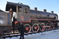 BİLİM ADAMI - Nazilli'de Kara Tren Hangara Geldi