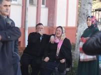 Oğlunun Katiline Müebbet Verilmeyince Anne Sinir Krizleri Geçirdi