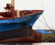 KARGO GEMİSİ - Samsun'da Karaya Oturan Gemi İçin Yargıtay Kararı Bekleniyor