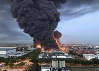 SINGAPUR - Singapur'da Atık Tesisinde Patlama