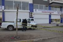 GÜVENLİK KAMERASI - Siverek'te Elektrik Dağıtım Şirketine Silahlı Saldırı