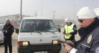 Trafik Polislerinden Sıkı Denetim