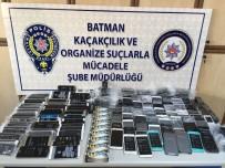 KAÇAK CEP TELEFONU - Batman'da Kaçak Cep Telefonu Operasyonu Açıklaması 3 Gözaltı