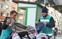 GİRESUN - Giresun Belediyesi'nden 'Askıda Elbise' Projesi