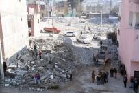 KAMULAŞTIRMA - Mersin Büyükşehir Belediyesi, Yeni Cadde Ve Sokaklar Açmayı Sürdürüyor