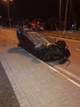 Refüje Çarpan Araç Takla Attı Açıklaması 1 Yaralı
