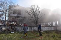 OKSIJEN - Sinop'ta Eski Otel Binasında Yangın