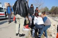 VEYSEL KARANI - Takla Atan Otomobilin Bayan Sürücüsü Yaralandı