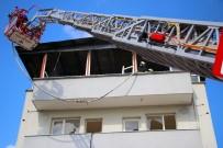 Adana'da FETÖ'nün Ait Eski Okuma Salonunun Çatısı Yandı