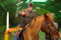 BUCA BELEDİYESİ - Atlı Terapi Şifa Dağıtıyor