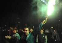 SPOR TOTO - Bursasporlu Taraftarlardan Yönetime Tepki