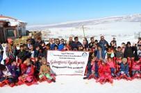 MEHDI - Ercişli Öğrenciler Abalı Kayak Merkezinde Gönüllerince Eğlendi