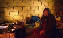 TERÖR ÖRGÜTÜ - Münbiçli Araplar. Evlerine Dönmek İstiyor